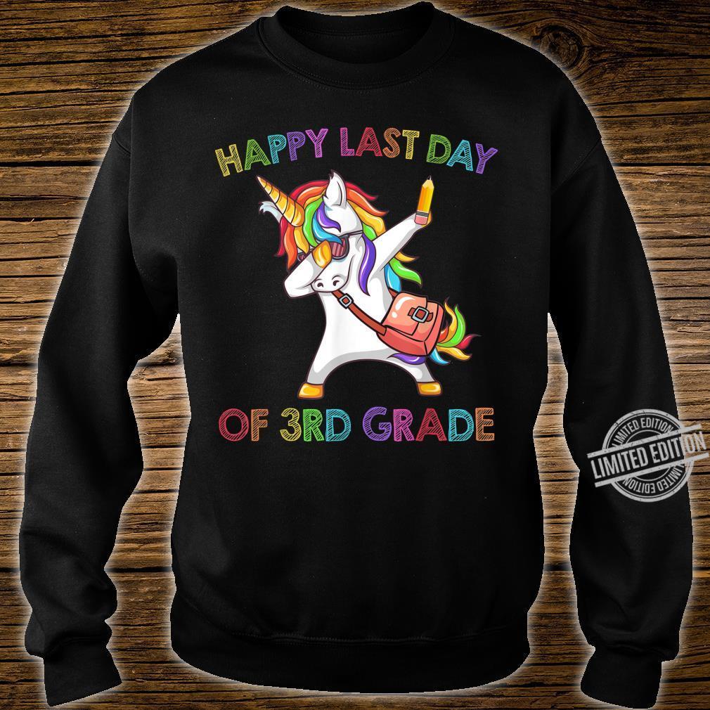 Unicorn Dabbing Happy Last Day Of 3Rd Grade Shirt sweater